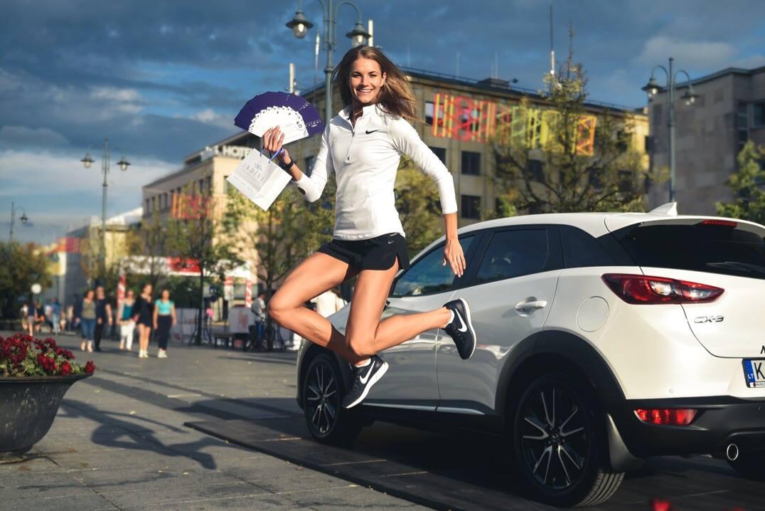 """INDIVI tapo Europos čempionės Airinės Palšytės renginio """"JUMP VILNIUS"""" rėmėja"""